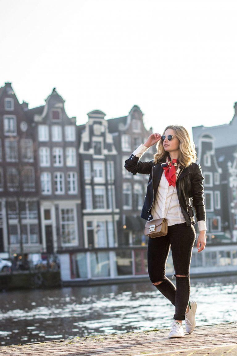 Kleding.nl loves Joëlla van Joëlla Wassink