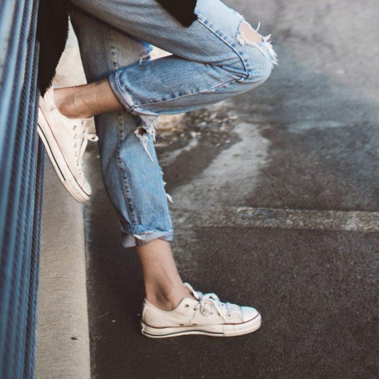 Met deze tips houd je je sneakers witter dan wit! | Kleding.nl