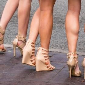 Dames sandalen met sleehakken