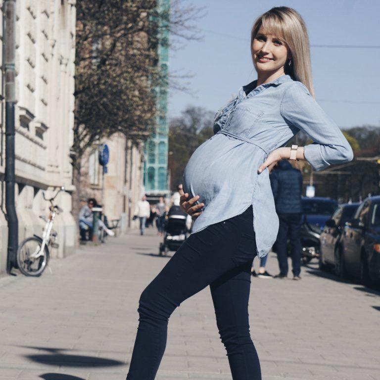 De zwangerschapsoutfit van een echte fashionista