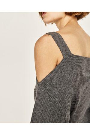 Dames Truien - Zara OVERSIZED RIBTRUI MET BLOTE SCHOUDERS - In meer kleuren beschikbaar