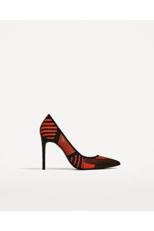 Dames Pumps - Zara BLAUWE STOFFEN PUMPS - In meer kleuren beschikbaar