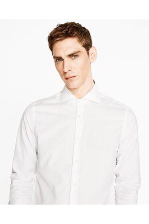 Heren Overhemden - Zara OVERHEMD MET STRUCTUUR EN ITALIAANSE KRAAG
