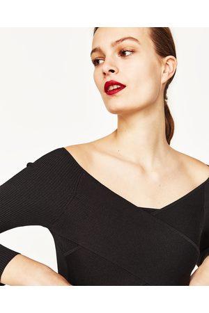 Dames Truien - Zara CROPPED TRUI MET GEDRAPEERD ACCENT - In meer kleuren beschikbaar