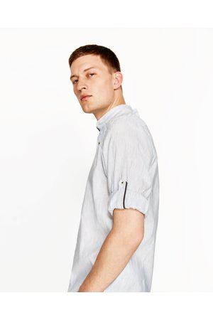 Heren Overhemden - Zara GESTREEPT OVERHEMD VAN KATOEN EN LINNEN