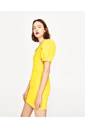 Dames Asymmetrische jurken - Zara JURK MET ASYMMETRISCHE MOUWEN