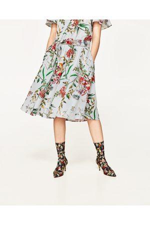 Dames Geprinte rokken - Zara HALFLANGE ROK MET BLOEMENPRINT