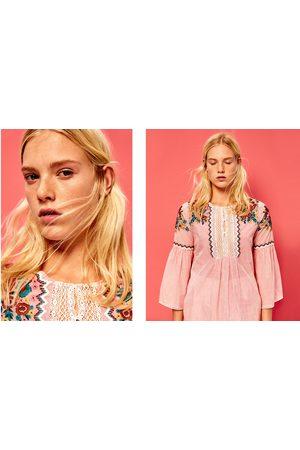 Dames Blouses - Zara Gestreepte blouse met borduursel