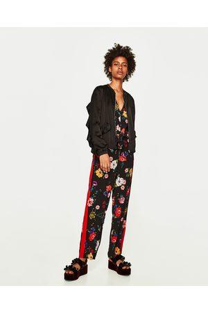Dames Jacks - Zara SOEPELVALLEND JACK MET VOLANTS - In meer kleuren beschikbaar