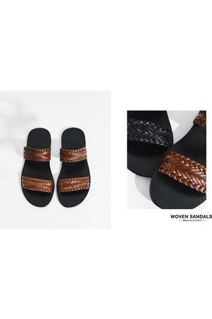 Heren Sandalen - Zara ZWARTE LEREN SANDALEN MET VLECHTWERK - In meer kleuren beschikbaar
