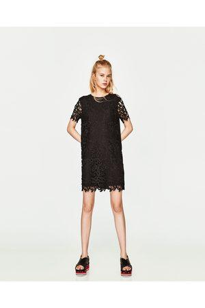 Dames Korte jurken - Zara KORTE JURK MET KANT - In meer kleuren beschikbaar