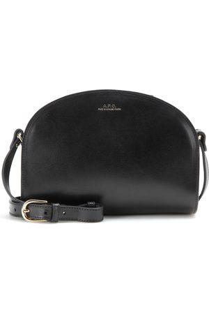 Dames Schoudertassen - A.P.C Demi-Lune leather shoulder bag