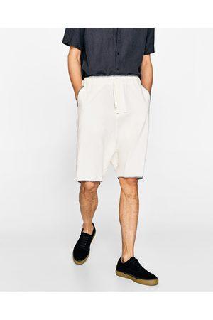 Zara OFF WHITE BERMUDA