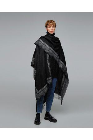 Zara JACQUARD PONCHO MET FRANJES - In meer kleuren beschikbaar