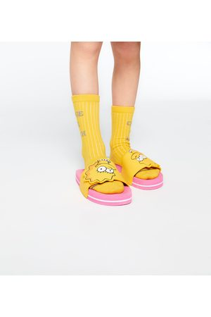 Zara BADSLIPPERS SIMPSONS