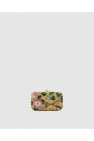 Zara CLUTCH MET KRALEN