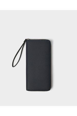 Zara Oversized, bewerkte portefeuille