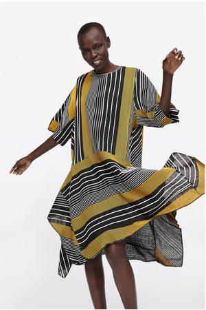 Zara Asymmetrische jurk met strepen