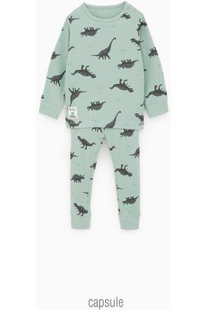 Zara Pyjama met dinosaurussen
