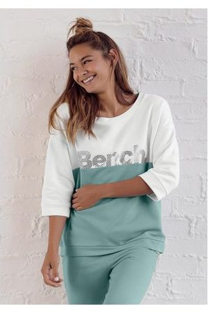 Bench Dames Sweaters - Sweatshirt in colourblocking-design