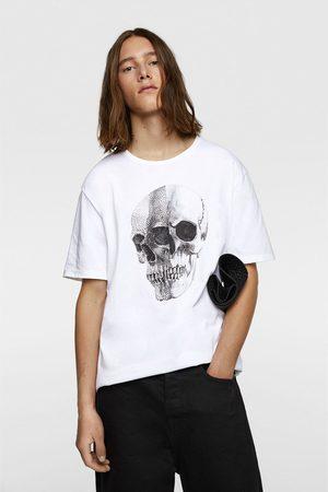 Zara T-shirt met doodshoofd en kralen