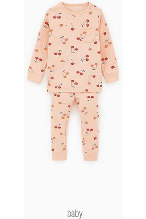 Zara Pyjama met kersen