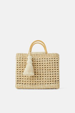 Zara Shopper in naturel met houten hengsels