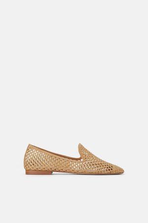 Zara Platte schoenen met opengewerkte accenten