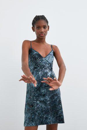 2953fbb52ac9fc Zara uitverkoop online dames Jurken