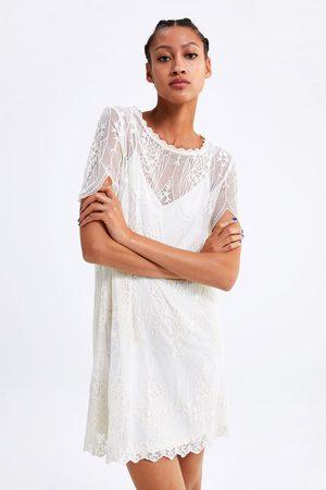 Zara Geborduurde jurk