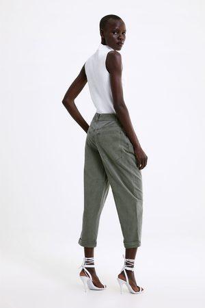 Zara Carrot broek met omgeslagen pijpen