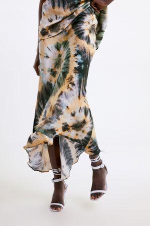 Zara Rok met tie-dye print