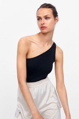 Zara Asymmetrische body
