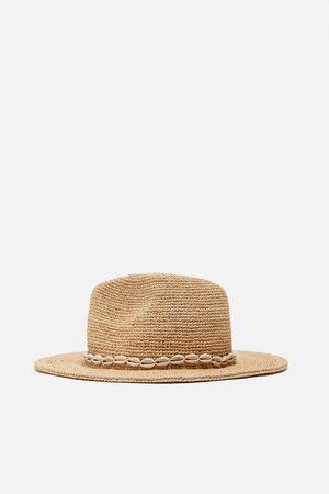 Zara Raffia hoed met schelpen