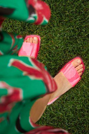 Zara Platte sandalen van vinyl