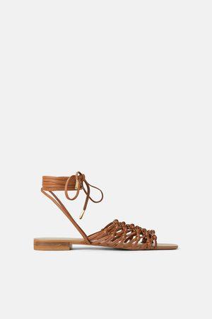 Zara Platte leren sandalen met gevlochten koorden
