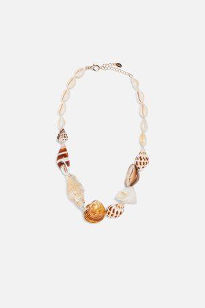 Zara Dames Kettingen - Ketting met schelpvormige kralen