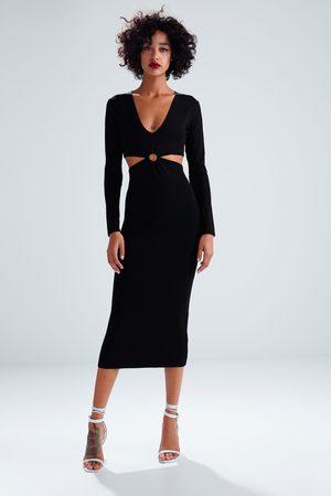 8988635469e0f4 Zara Lange tricot jurk met opengewerkt detail