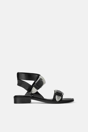 Zara Platte leren sandalen in cowboystijl