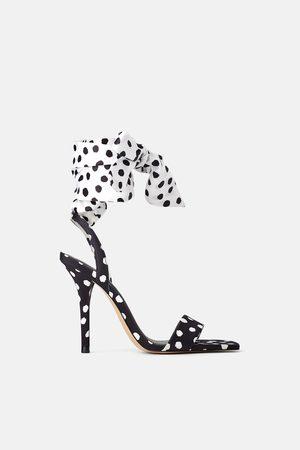Zara Gestipte sandaaltjes met hak