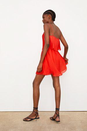 Zara Plissé jurk met schouderbanden
