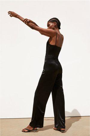 Zara Zijdeachtige jumpsuit