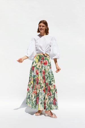 Zara Rok met bloemenprint en volants