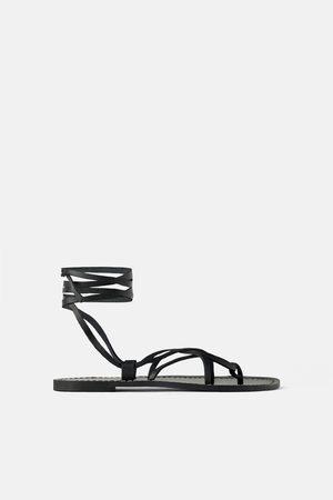 Zara Dames Sandalen - Platte leren sandalen met bandjes
