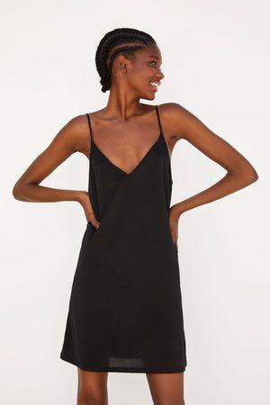 Zara Satijnachtige jurk in lingeriestijl