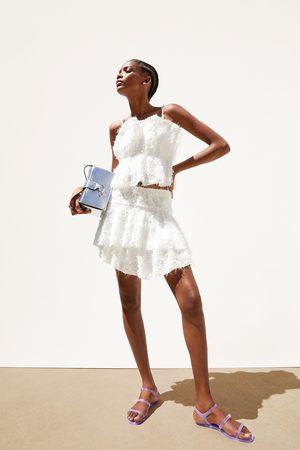 Zara Minirok met textuur en volant