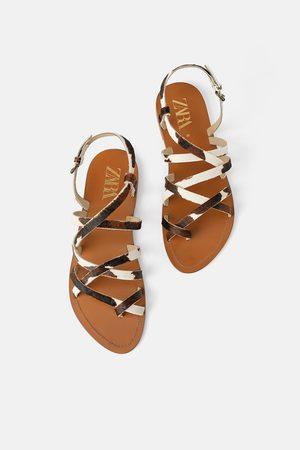 Zara Platte leren sandalen met bandjes
