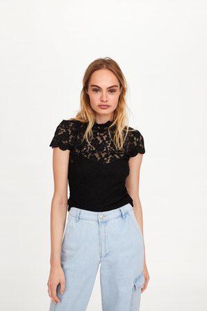 Zara T-shirt met kant