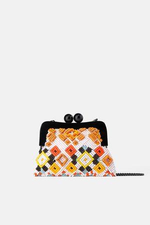 Zara Schoudertas met knip en kralen