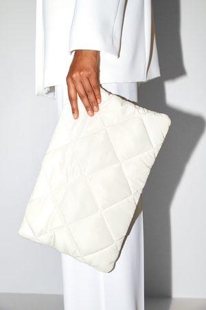 Zara Gewatteerde clutch